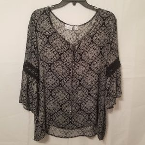 Beautiful Kim Rogers Curvy 2x Boho blouse